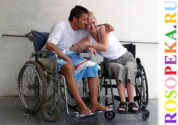 Порно инвалид колясочник с женой